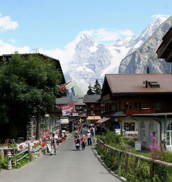 探索阿爾卑斯山雪朗峰の米倫Murren小鎮!13.jpg