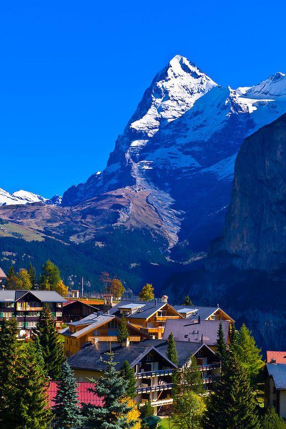 探索阿爾卑斯山雪朗峰の米倫Murren小鎮!2.jpg