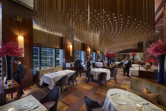 香港自由行最棒的米其林飯店午餐.晚餐.下午茶.夜間體驗行程規劃1.jpg