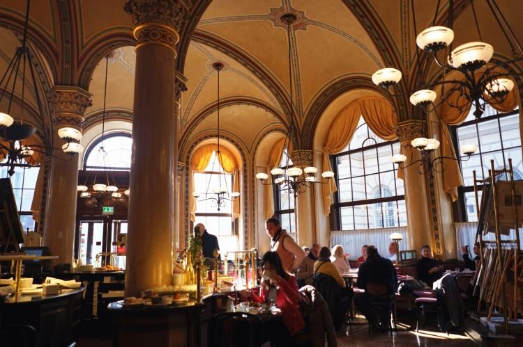 2019年冬季奧地利自由行攻略!穿梭童話首都維也納(附件:行程規劃、交通住宿、行前準備)_維也納中央咖啡館(Cafe Central)_2.jpg